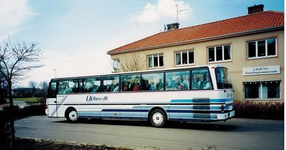 Första bussen